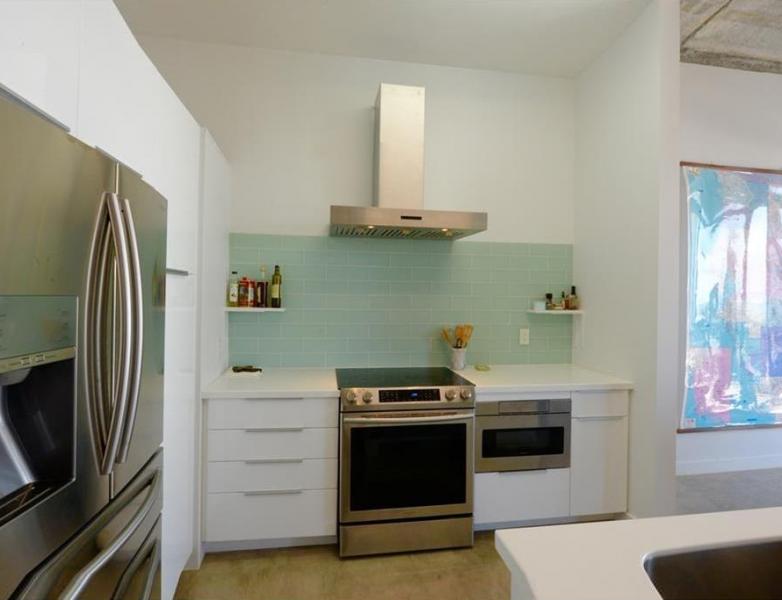 804-kitchen